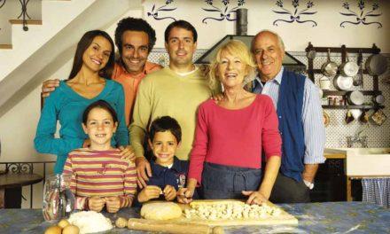 Il pranzo in famiglia resiste alla crisi