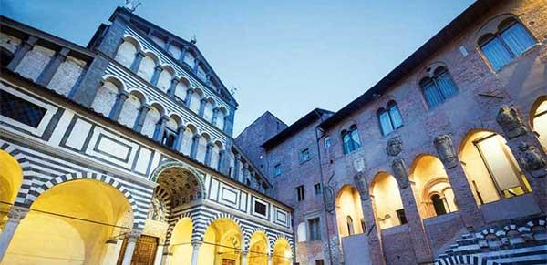 Pistoia , ville de culture et de plantes