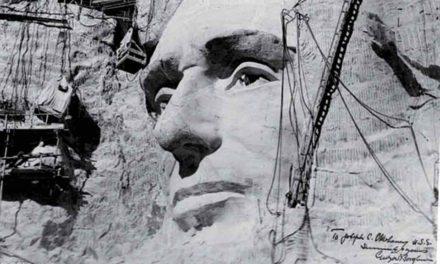 L'America ringrazia Luigi Del Bianco