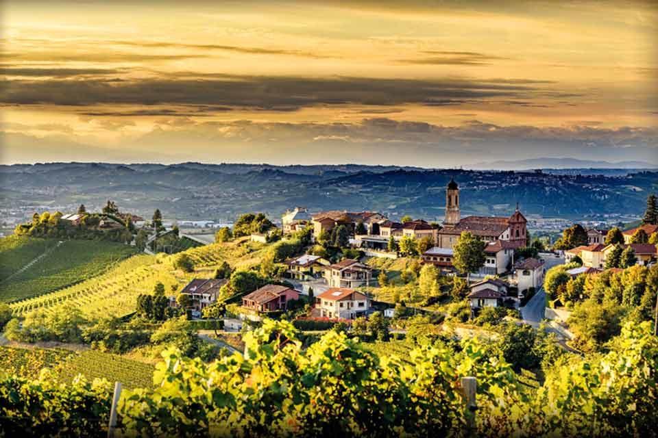 Langhe e Monferrato.<br> Ascolta la terra…