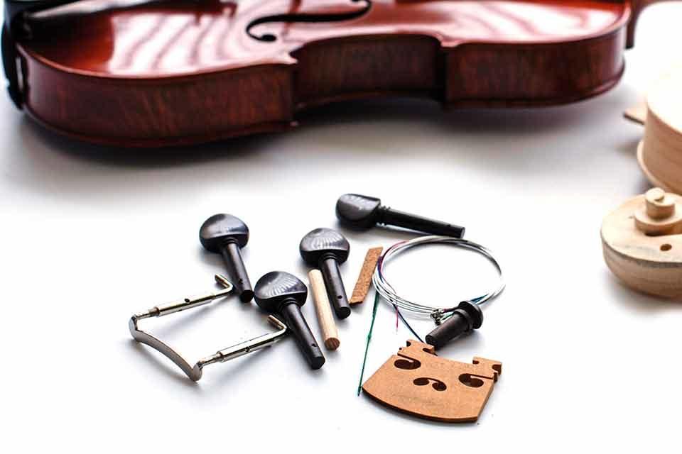 Dalle tempeste, nascono violini