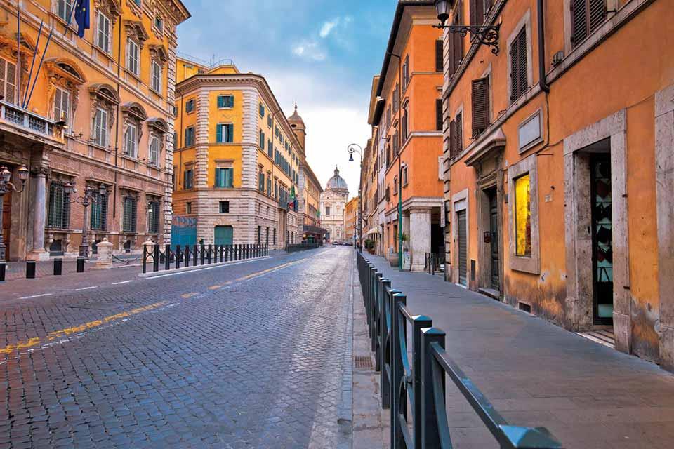 Rome déserte entre rêve et cauchemar