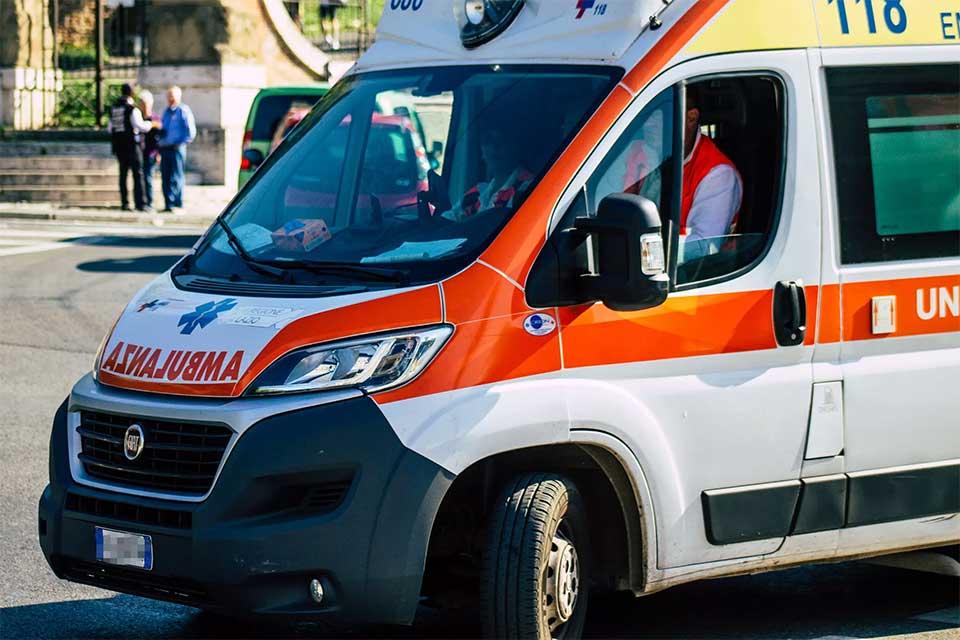En Italie, série d'attaques <br>contre médecins et ambulanciers